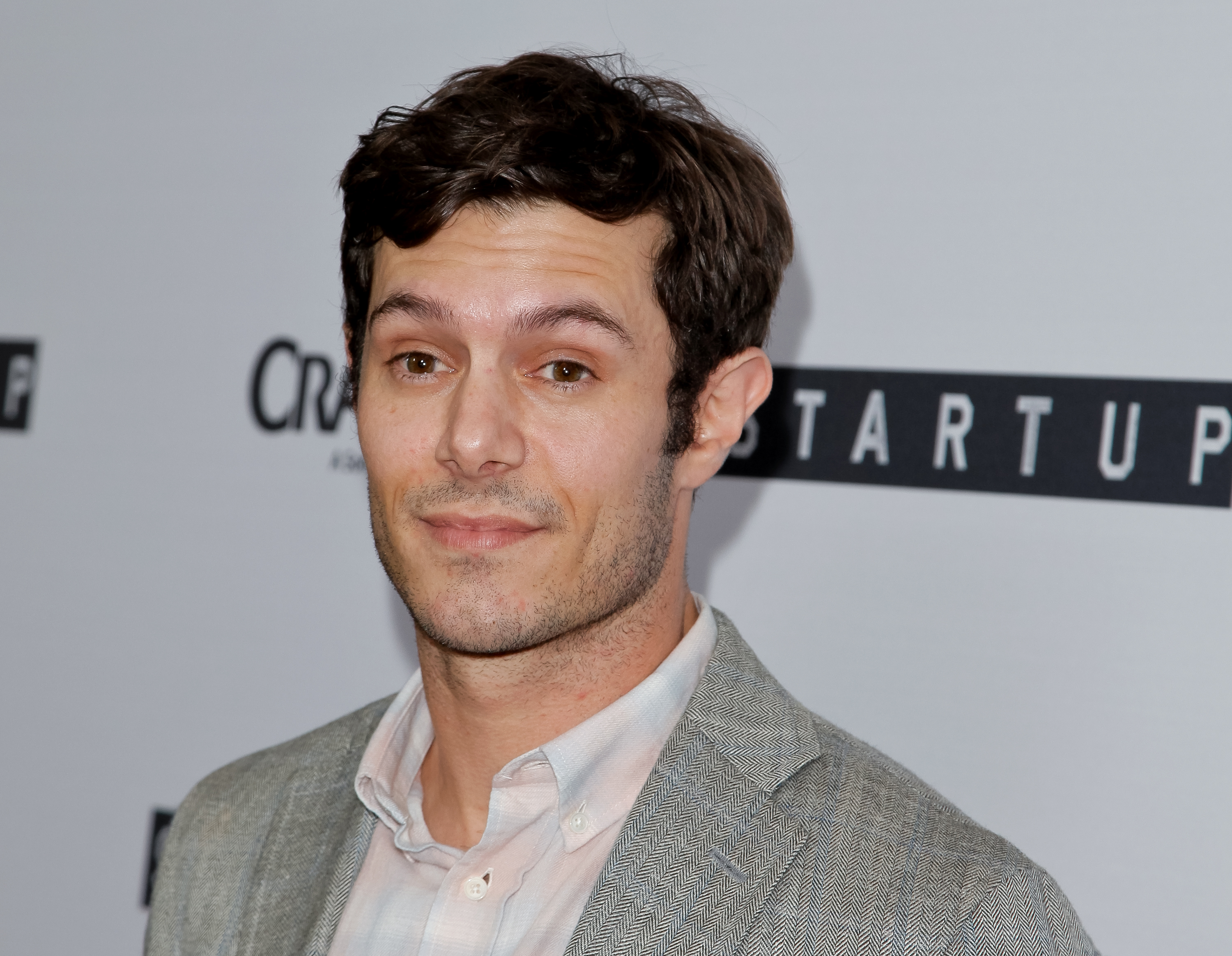 Forever crush Adam Brody is back on TV in a very un-Seth-like role, and we can't wait to watch
