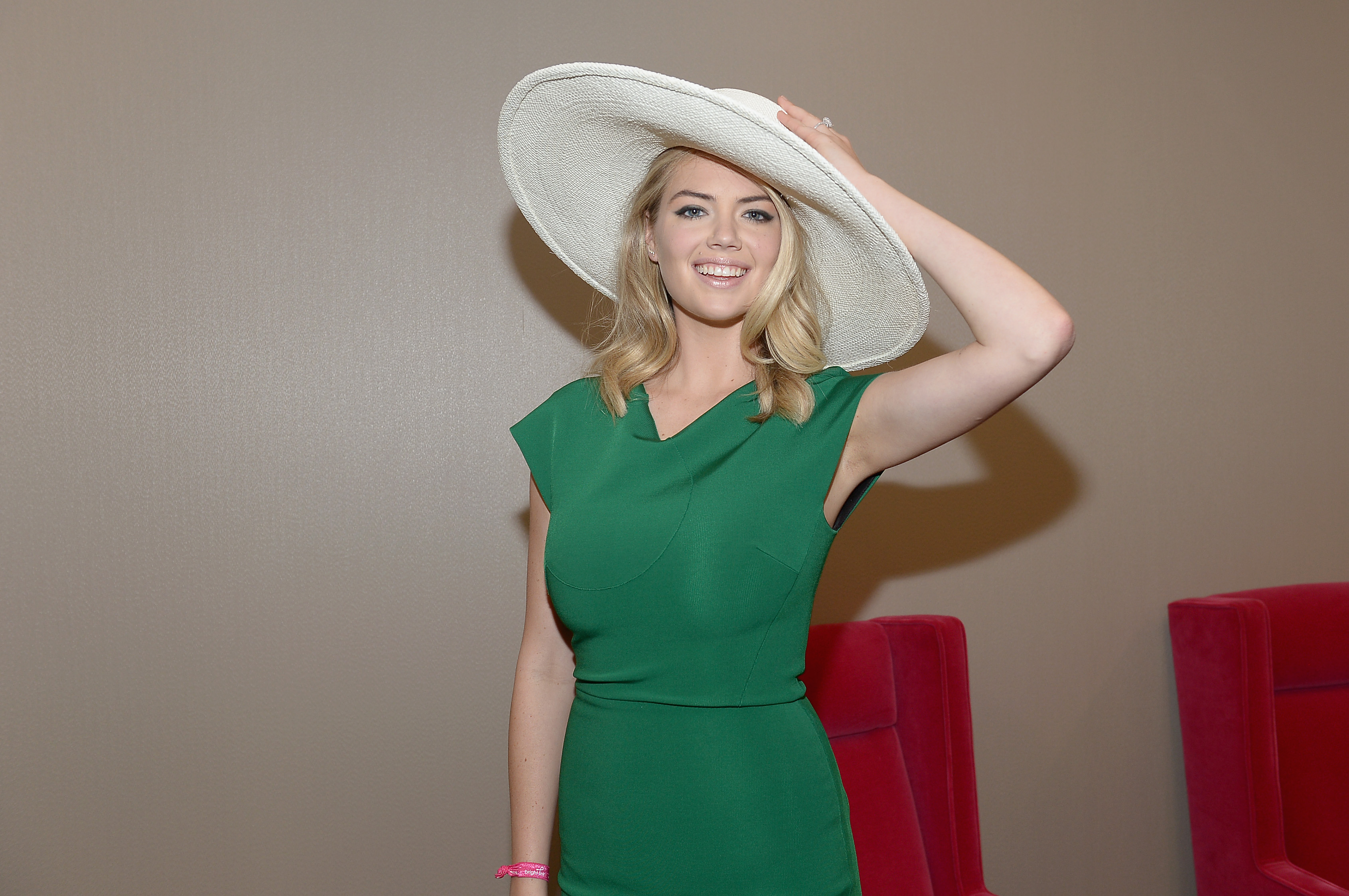 Kate Upton has this to say about her body shamers, and it's AMAZING