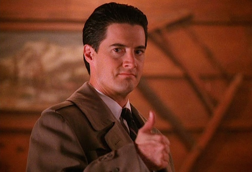 """I kept a diary while binge watching the entirety of """"Twin Peaks"""" season one in a single weekend"""