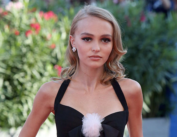 Lily-Rose Depp's dress may be gorgeous, but her serpentine shoes are the star of the show