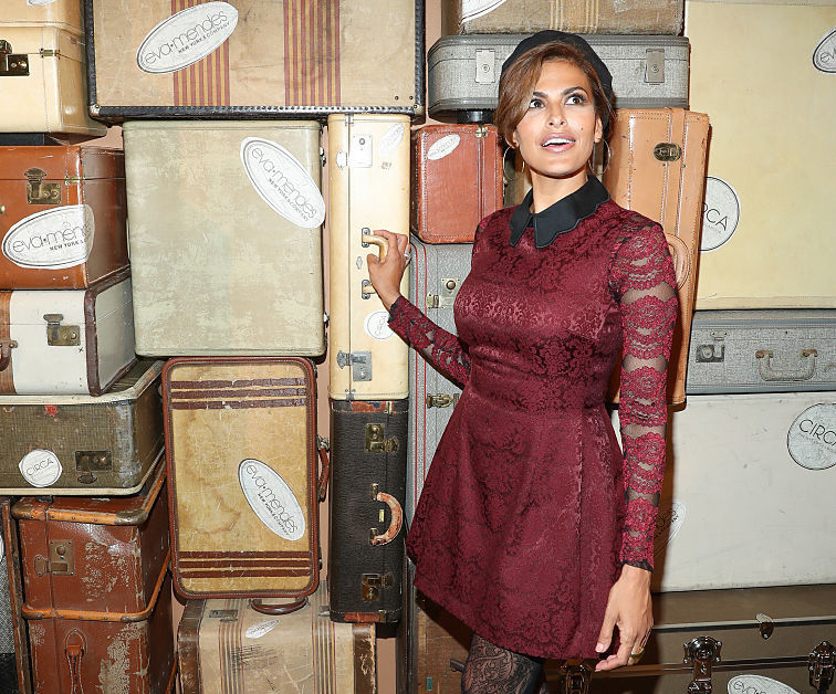 Eva Mendes (a mom of two) has a lot to say about fitting into her old jeans