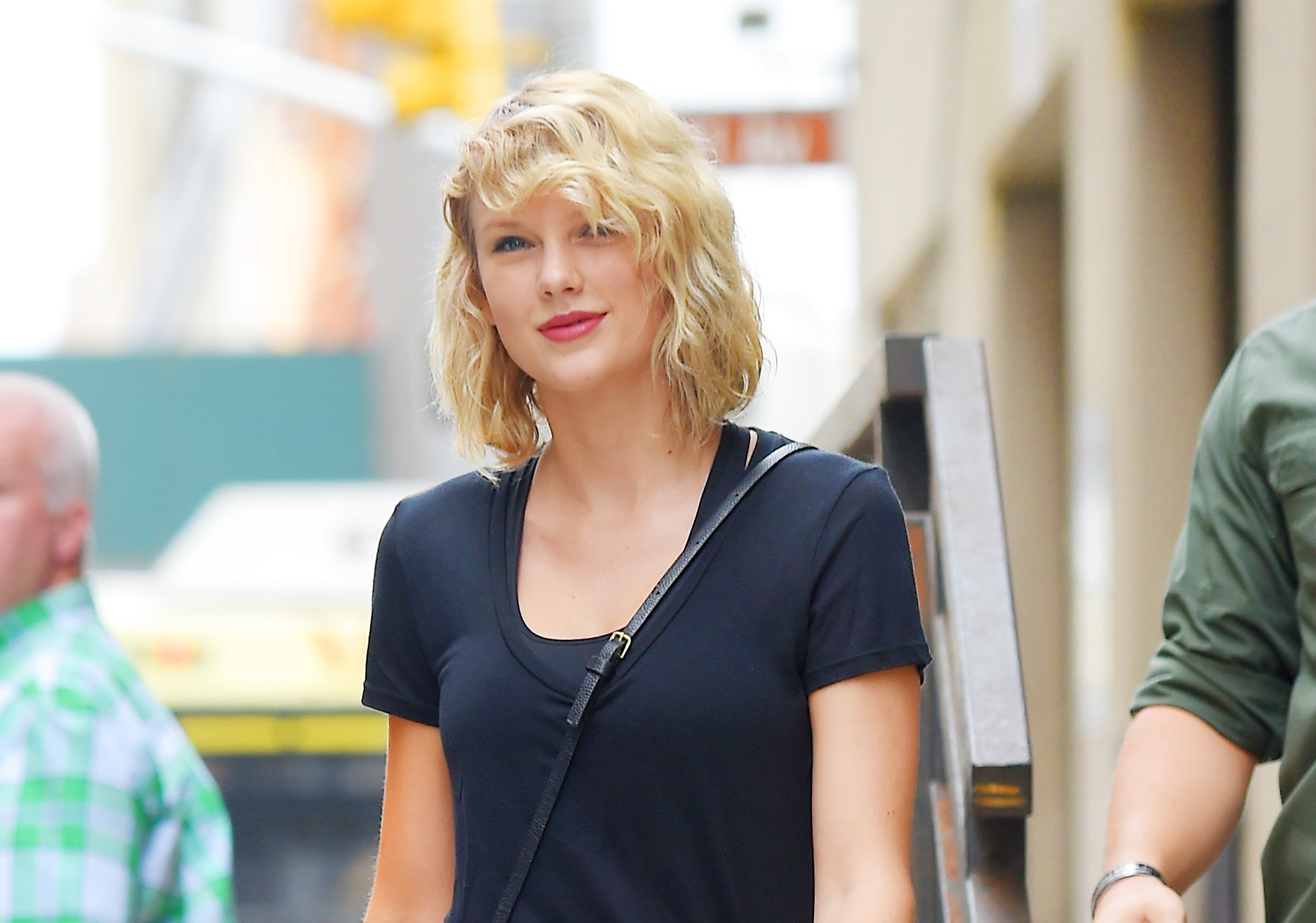 Taylor Swift just donated money to a fan's family for the most heartbreaking reason