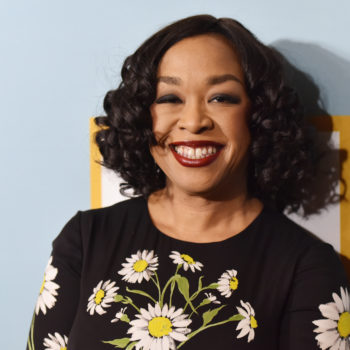 """Grey's Anatomy"" is about to cover domestic violence, and here's what Shonda Rhimes has to say"