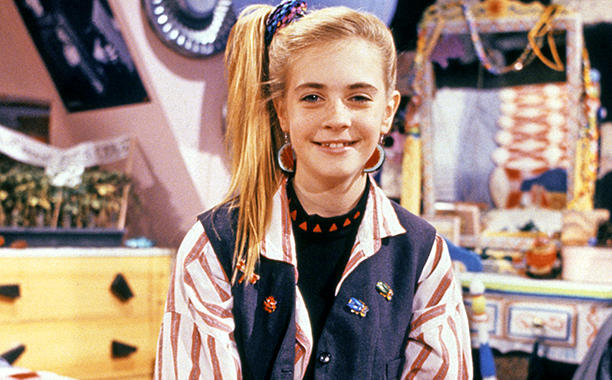 Melissa Joan Hart just posted a glorious childhood throwback pic with Drew Barrymore