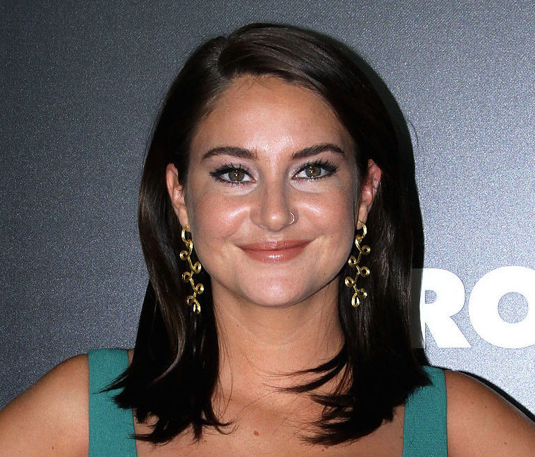 Shailene Woodley's beaded choker is bringing us right back to the '90s