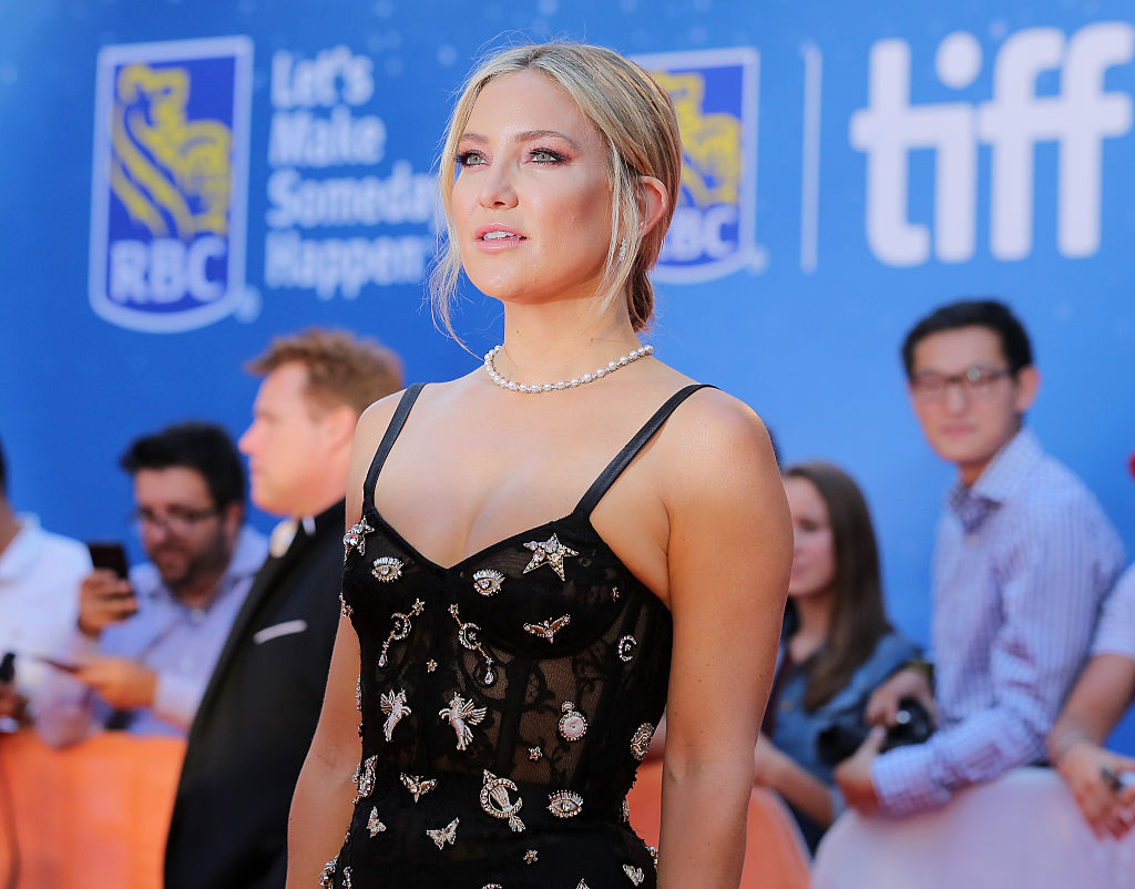 Kate Hudson is a celestial goddess in this Alexander McQueen goth corset