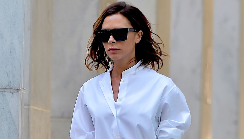 "Victoria Beckham channeled Audrey Hepburn in ""Roman Holiday"" while strolling through NYC"
