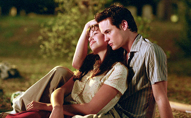 """There might actually be a """"Walk to Remember"""" reunion, and OMG our hearts"""