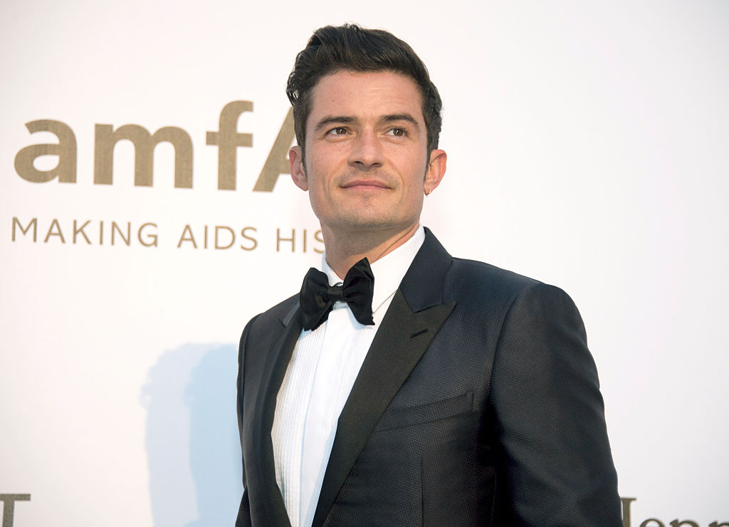 Orlando Bloom is now blond and we are feeling it