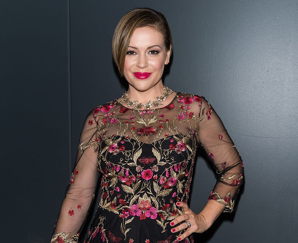 We are in love with Alyssa Milano embracing her post-pregnancy body