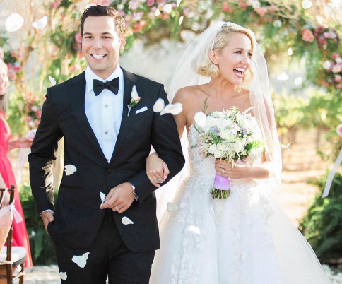These pics of Anna Camp and Skyler Astin's honeymoon are making us infinitely jealous