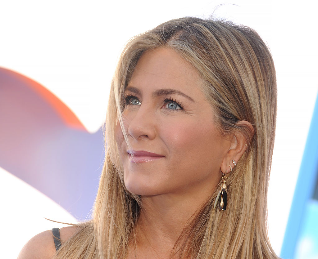 "We have to talk about the colorful, metallic perfection that Jennifer Aniston rocked on the red carpet for the ""Storks"" premiere"