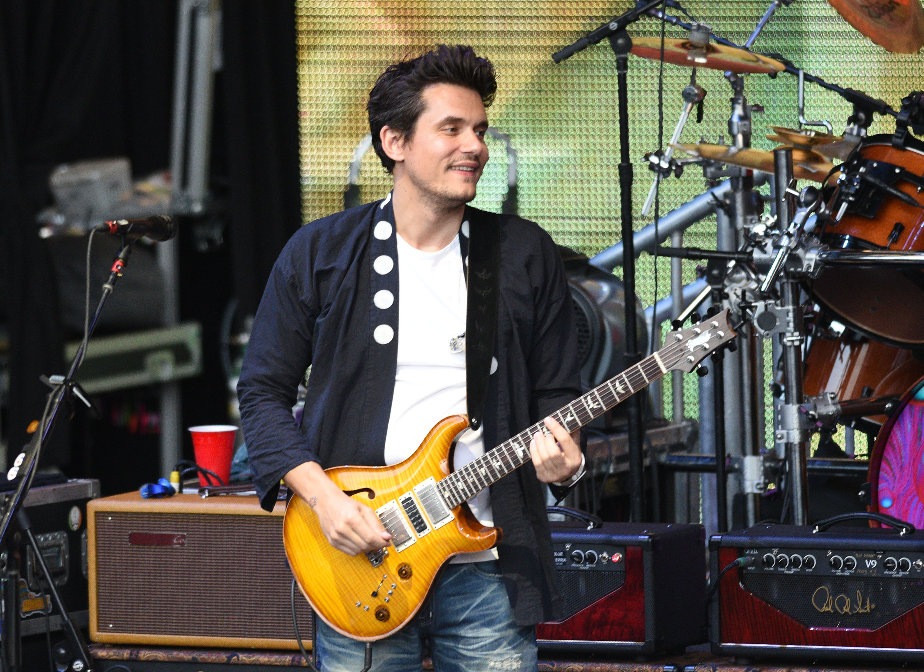 """John Mayer is releasing """"Out West"""" scented laundry detergent"""