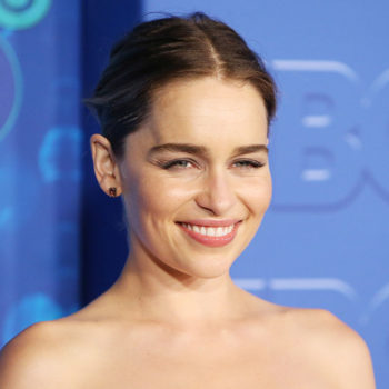 Emilia Clarke lowkey switched up her hair color to a stunning ombré