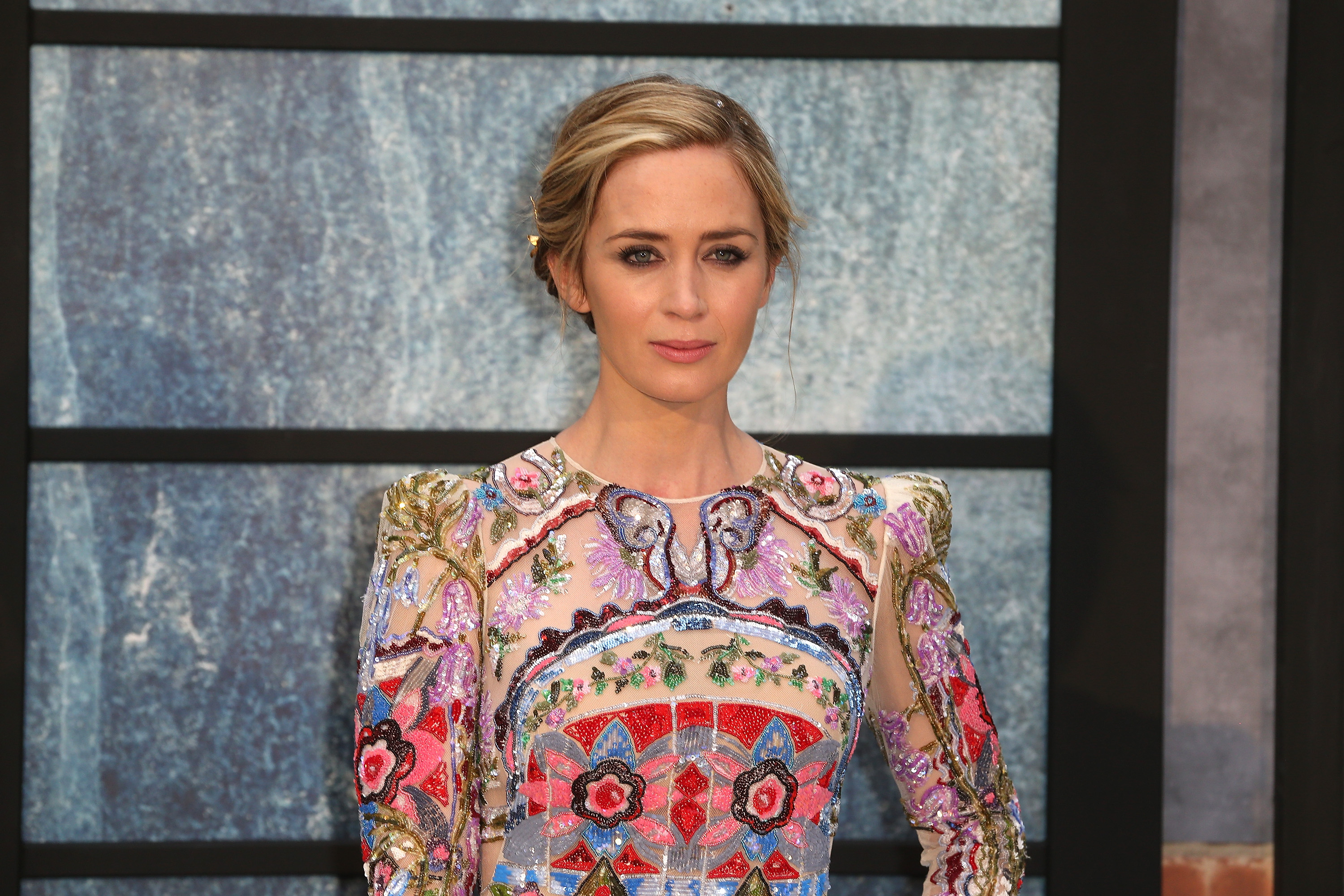 Emily Blunt looked like a floral goddess in her hippie chic premiere gown