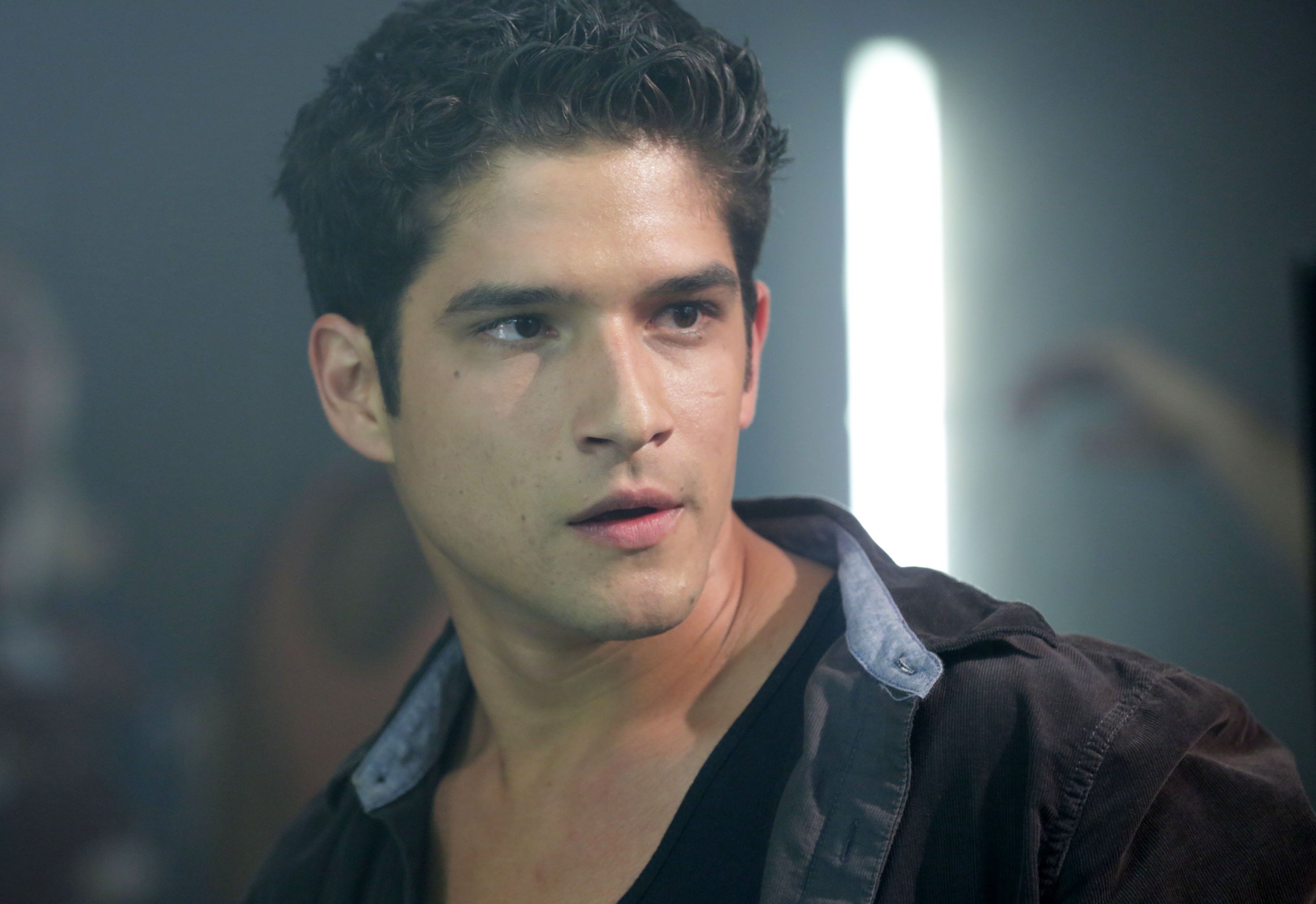 """We had no idea that """"Teen Wolf's"""" Tyler Posey once played Jennifer Lopez's son in """"Maid in Manhattan"""""""