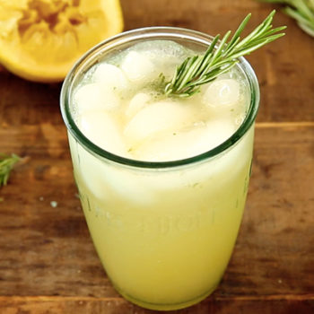 Impress your friends with this classy AF spiced pear spritzer