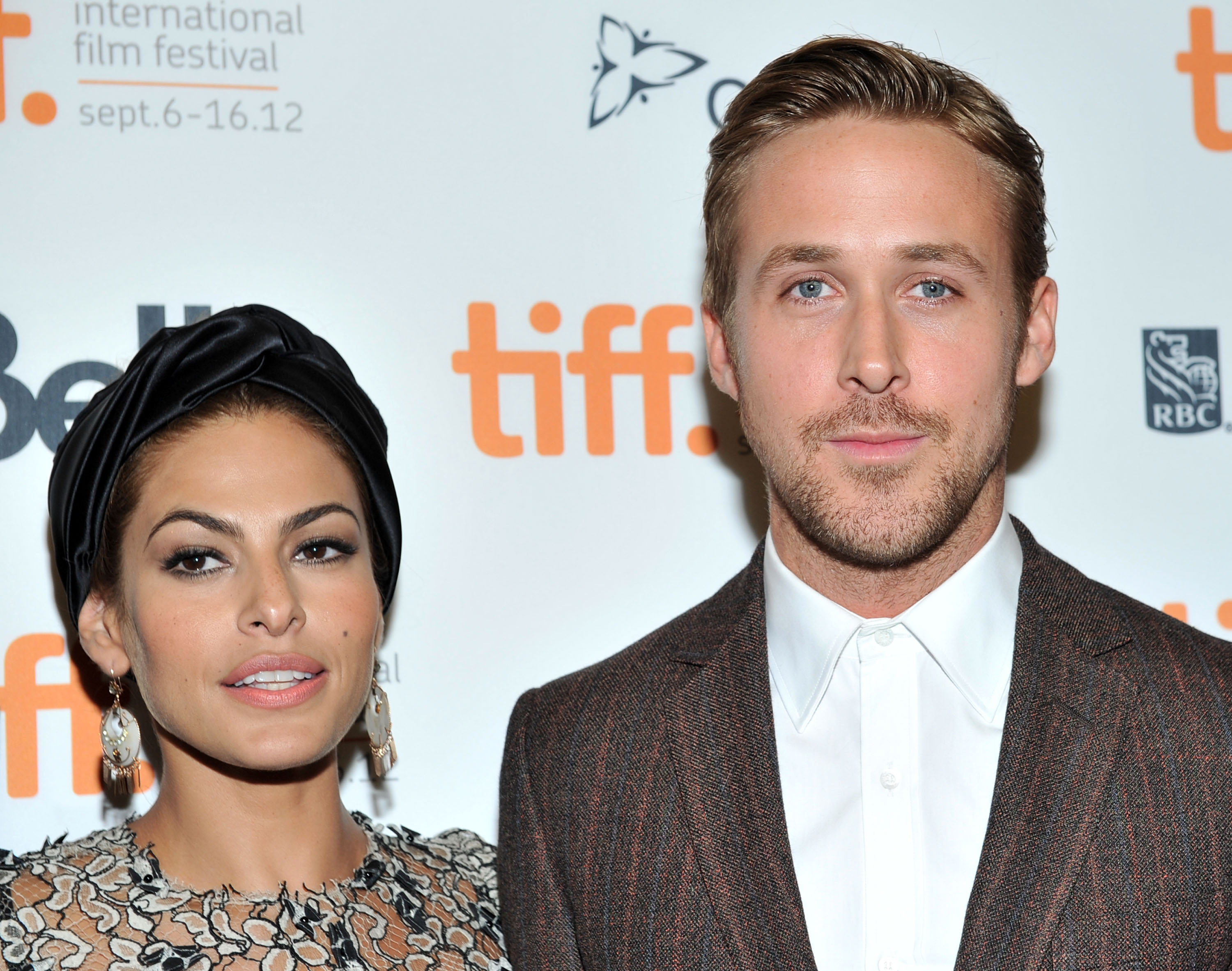Rumor has it Ryan Gosling and Eva Mendes secretly married, so social media went wild