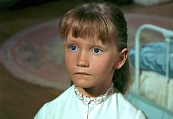 "Jane from ""Mary Poppins"" grew up to be a supercalifragilisticexpialidocious woman"