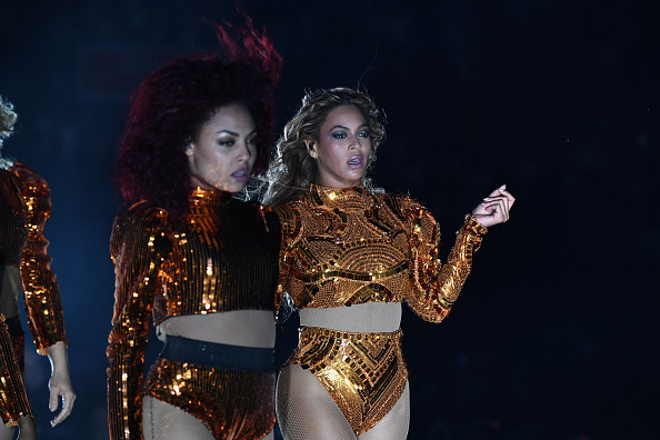 Peek into the life of the woman who has been dancing for Beyoncé for 9 years!