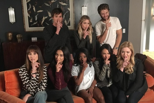 Simone Biles visited the 'Pretty Little Liars' set and had the most amazing time