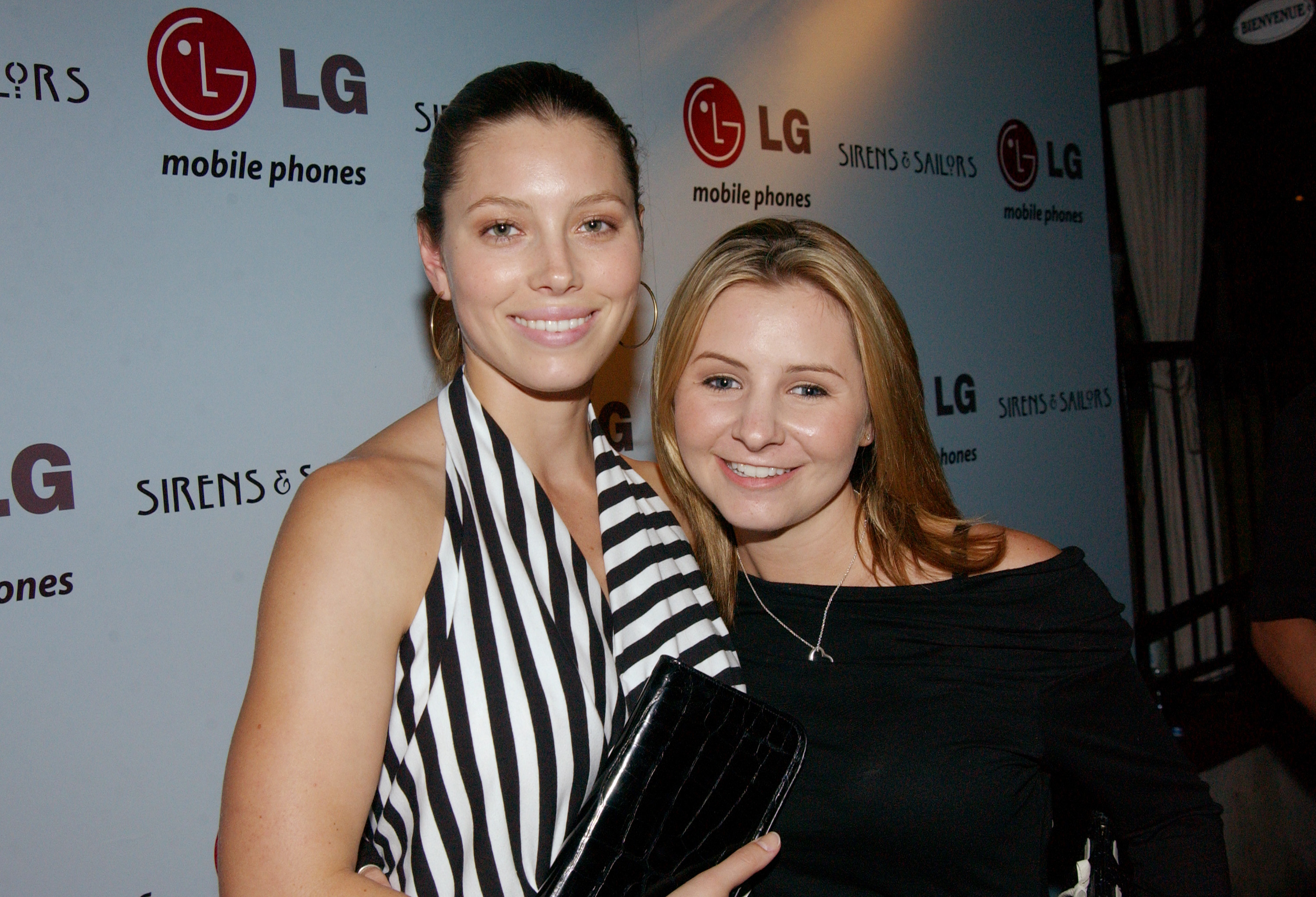 Jessica Biel and Beverley Mitchell laugh at their '7th Heaven' hair days in adorable #TBT