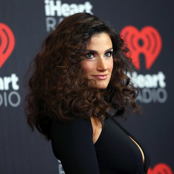 Idina Menzel's engagement ring is absolute perfection, naturally