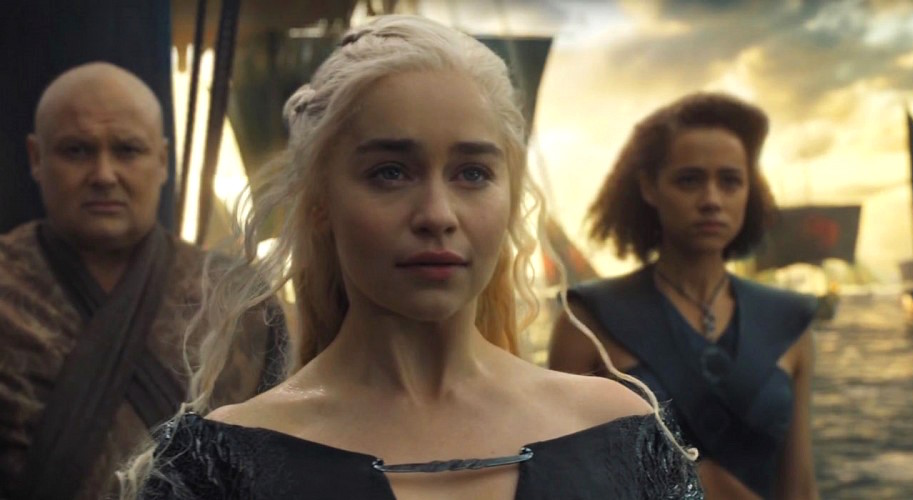 How to dress as Daenerys Targaryen for Halloween, since Mother of Dragons is the ultimate costume