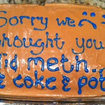 This mom made an apology cake for her daughter for the most hilarious reason