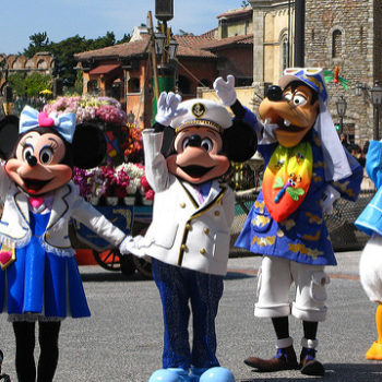 Here are 10 ways Tokyo Disney is different from the Disney parks here in the U.S. of A.