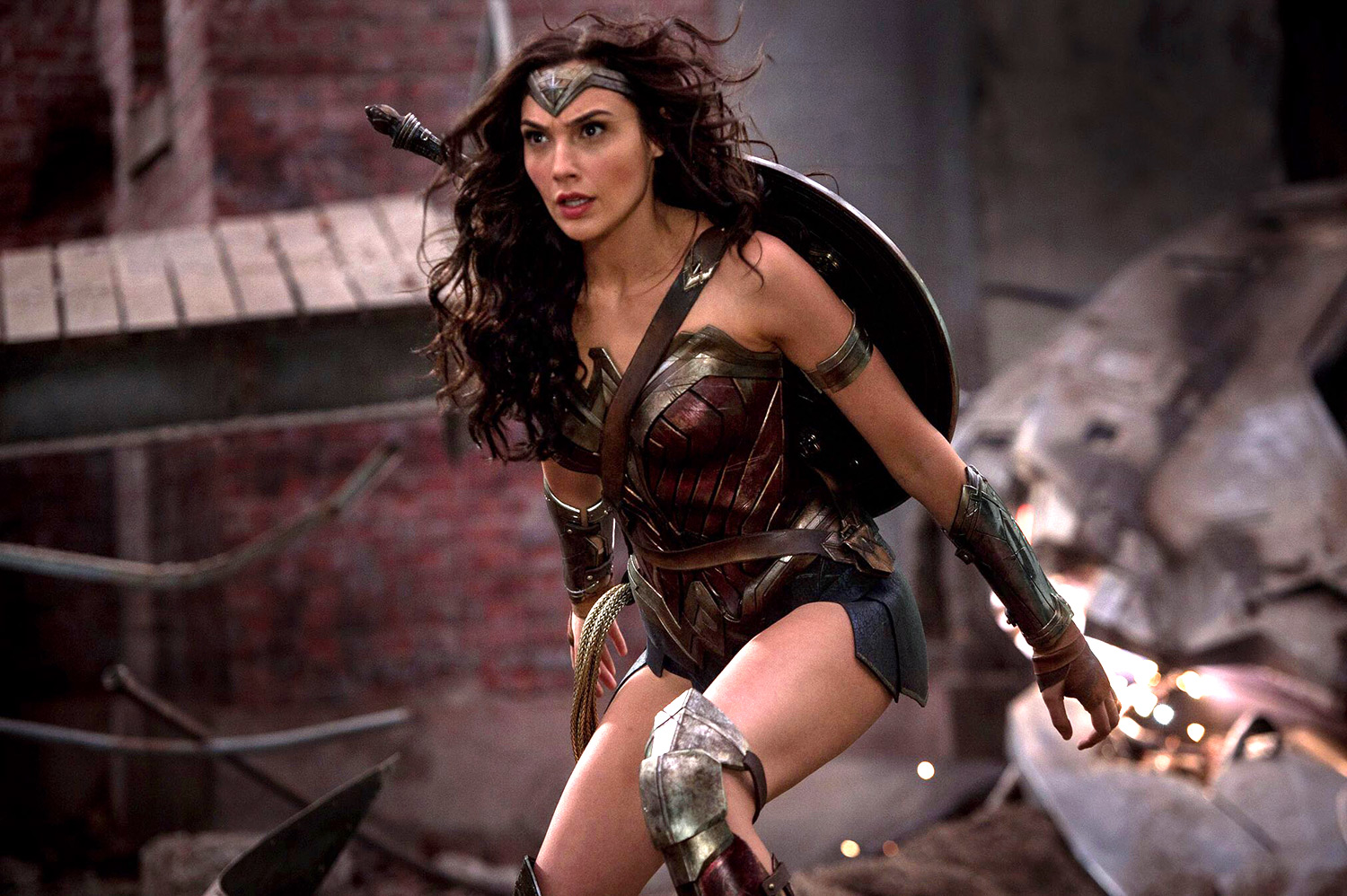 Wait...So Wonder Woman might not be that queer after all?