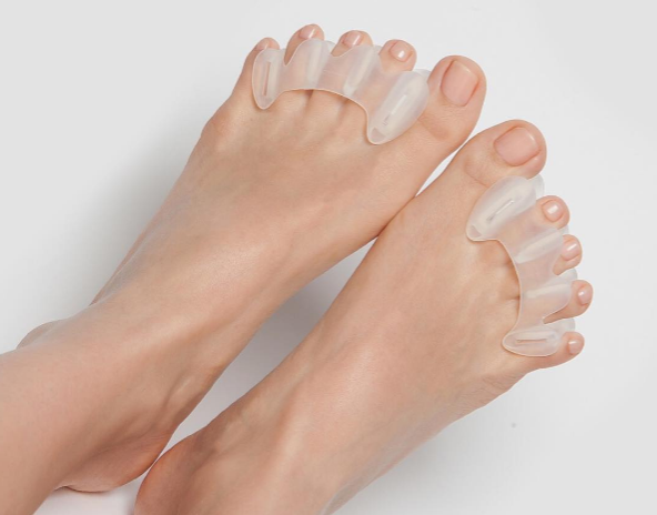 We had no idea that toe stretching was a thing, but it totally is