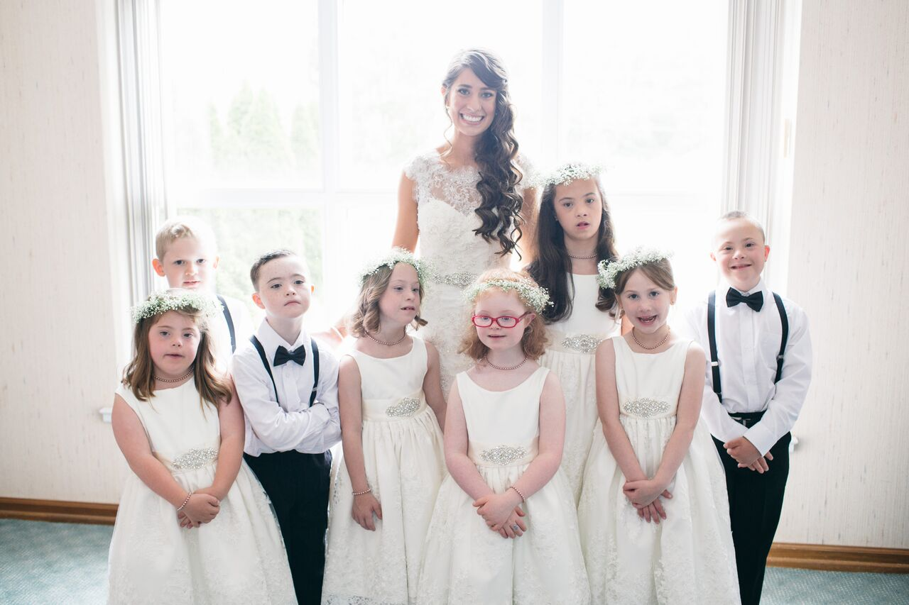 This special ed teacher's students were in her wedding party, the feels are making us sob