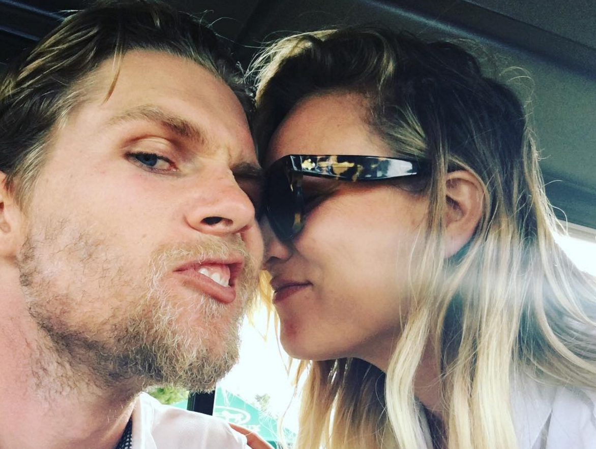 Kaley Cuoco and her boo Karl Cook are super fancy and in love on the red carpet together (for the first time!)