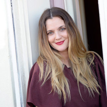 Drew Barrymore actually became the definition of #flowerpower and we are loving it