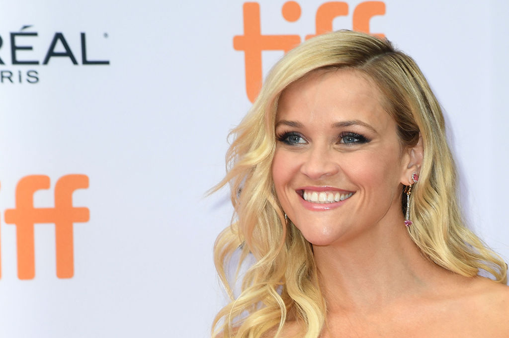 Reese Witherspoon had the realest girls night out at the Dolly Parton concert