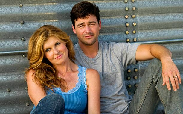 "10 years after the premiere of ""Friday Night Lights,"" Coach and Tami Taylor's relationship is still iconic"