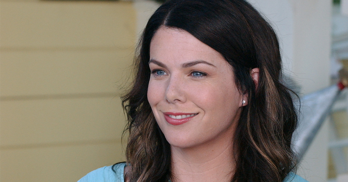 """Lauren Graham has said fans can expect tears from the """"Gilmore Girls"""" revival and we're already crying"""