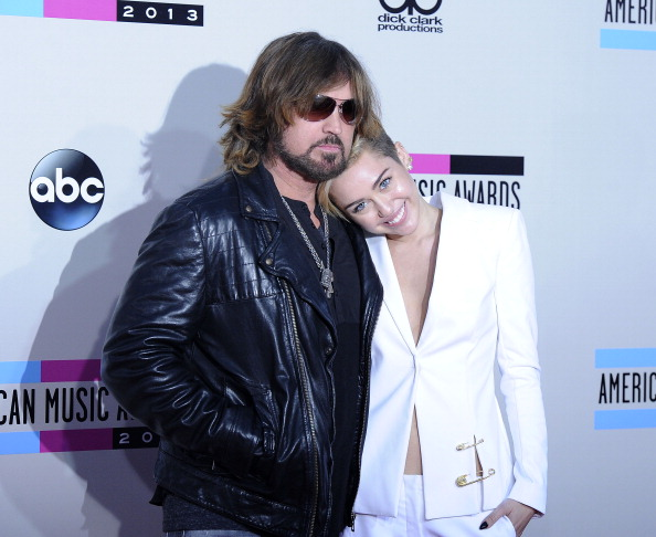 Miley Cyrus' #tbt photo proves just how connected she is to her father