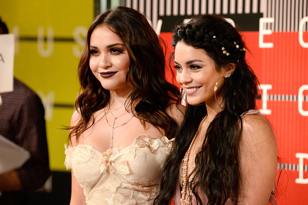 "Vanessa Hudgens gets in the Halloween spirit with her little sis in this ""AHS: Coven""-inspired photo"