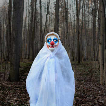 This school is banning clown costumes in October because of the whole creepy clown epidemic