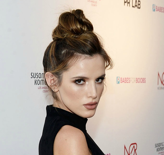 Bella Thorne is changing the definition of eyebrow game strong