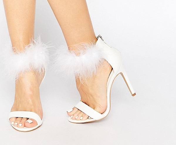 "11 furry shoes to make you feel like part of the stylish ""Scream Queens"" squad"