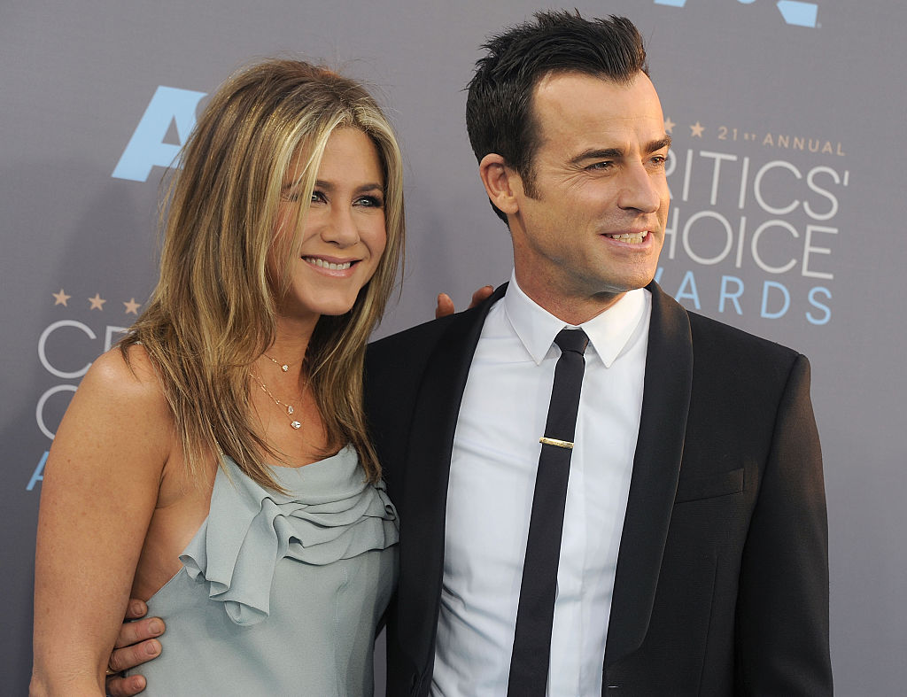 "Justin Theroux seriously doesn't mind if you call him ""Mr. Jennifer Aniston,"" and this is why we love him"