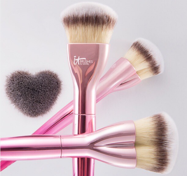 This new makeup brush collection is not only pretty in pink, it supports a good cause