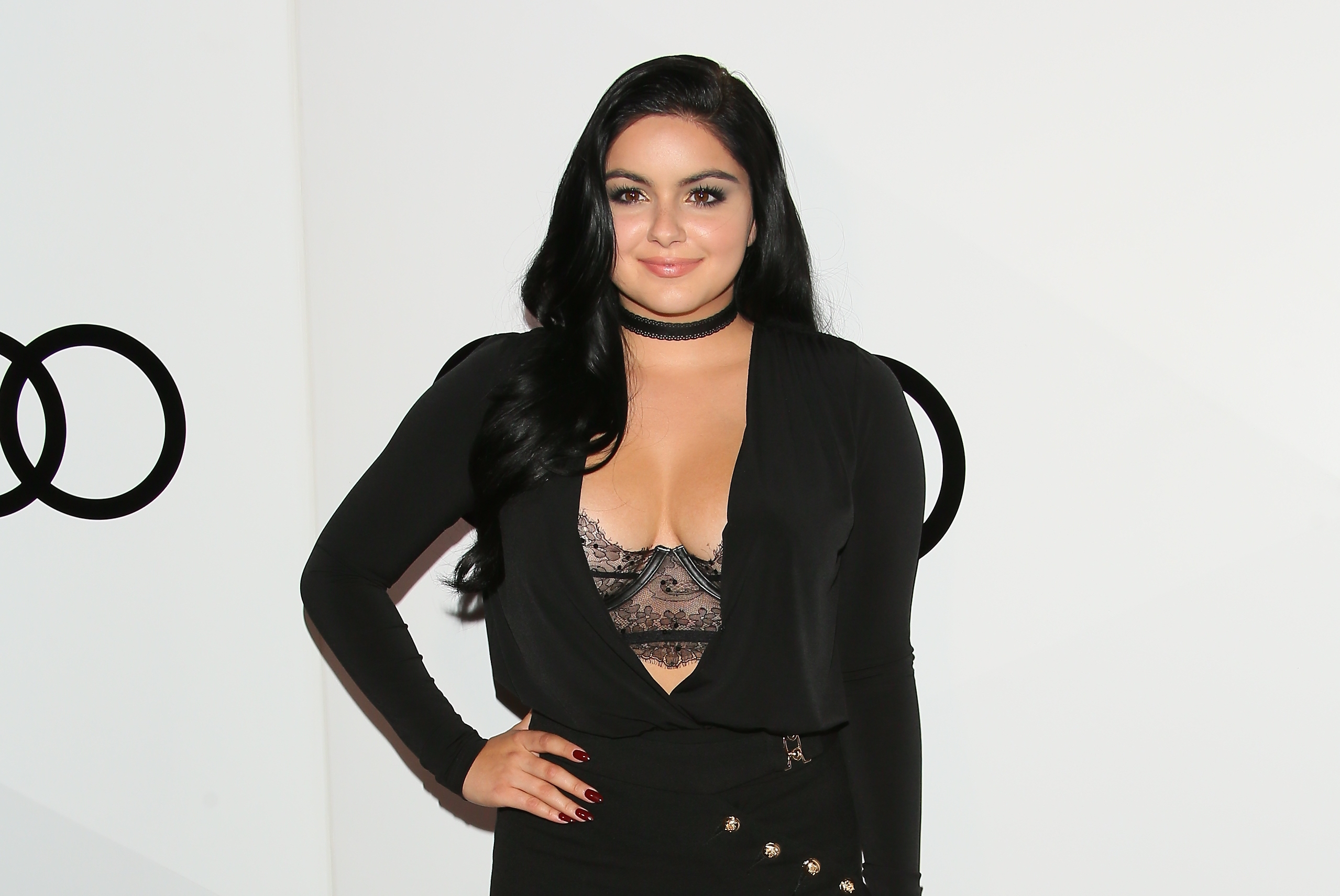 Ariel Winter just rocked a '90s trend we've been missing like crazy