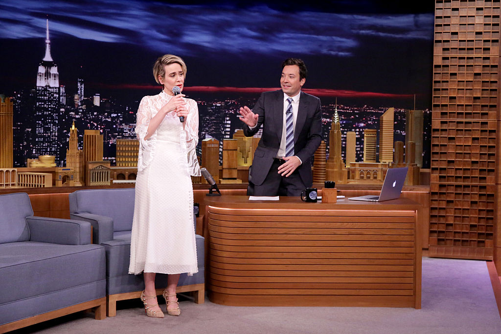 "Sarah Paulson SLAYS Salt-N-Pepa's ""Shoop"" because there is nothing she can't do"
