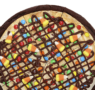 Baskin-Robbins introduced a Halloween-themed Polar Pizza, and we can't wait to try it!