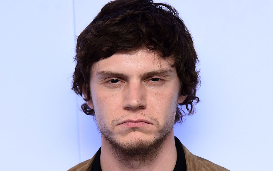"Evan Peters' very first red carpet photos will make you laugh then say, ""awww!"""