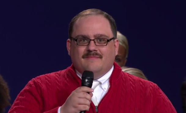 "The story behind debate star Ken Bone's famous red sweater will make you say, ""Awww"""